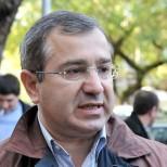 Премьер Абхазии в результате покушения получил сотрясение мозга