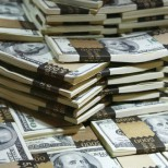Исследование: уже сама мысль о деньгах делает людей более эгоистичными