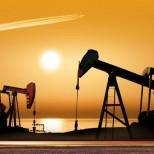 Саудовская Аравия готова урезать добычу нефти ради высоких цен