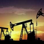 СМИ: Иран попытается убедить Саудовскую Аравию снизить добычу нефти