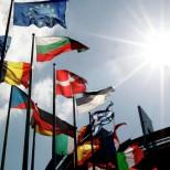 «Нацфронт»: выход Франции из зоны евро — абсолютная необходимость