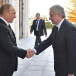 Владимир Путин: РФ нужно наладить политдиалог с Абхазией и Южной Осетией