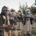 В Пакистане вооруженные люди взяли в заложники 500 студентов