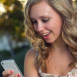 Ученые рассказали, что происходит с человеком, когда у него отбирают айфон