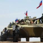 В Госдуме призывают вернуть Путину право вводить войска РФ на Украину