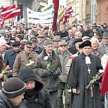 Ветеранов СС подвергли «дезинфекции» в Риге