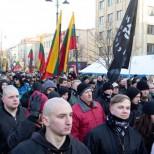 Литовские националисты устроили шествие с флагами «Правого сектора»