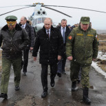 Путин засекретил данные о гибели военных в мирное время