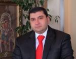 amram-petrosyan